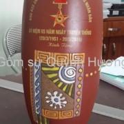 Quà tặng gốm sứ, lọ hoa Bát Tràng in logo-3