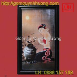 Tranh gốm sứ Bát Tràng - Cảnh cô gái men màu