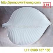 Bát đĩa Bát Tràng - Khay lá trầu 30x23Cm
