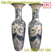 Lọ lục bình gốm sứ Bát Tràng vẽ tùng hạc