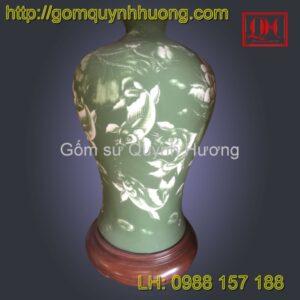 Đèn trang trí gốm sứ Bát Tràng cảnh cá chép hoa sen