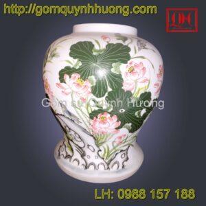 Đèn trang trí gốm sứ Bát Tràng vẽ hoa sen bổ chân