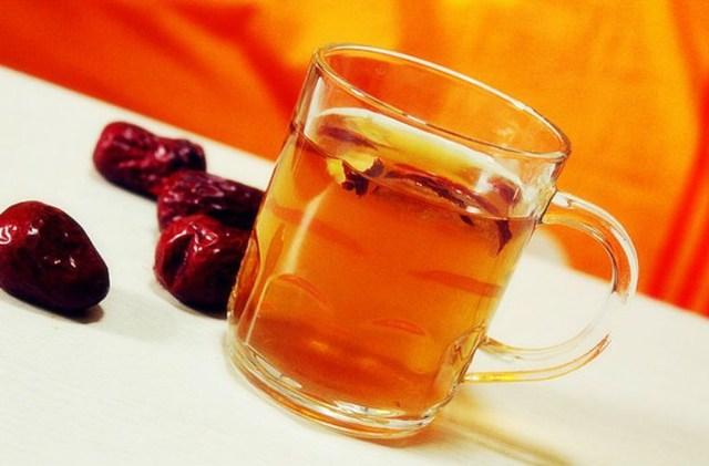 tác dụng của rượu táo đỏ