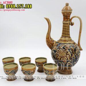 Bộ bình và ly rót rượu gốm sứ Bát Tràng