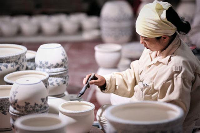 Tìm hiểu lịch sử làng gốm sứ Bát Tràng – Gốm Quỳnh Hương